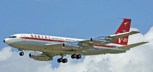 Boeing 707 - Qantas